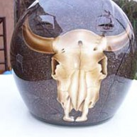 Helm mit Klarlack